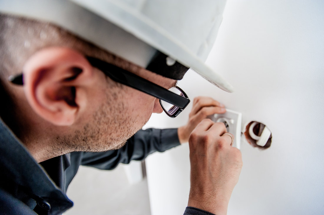 Residential electrician in Fort Lauderdale